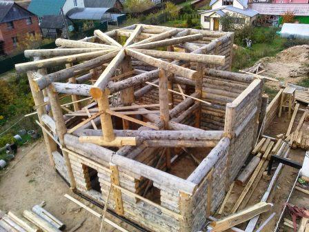 "Round house made of cedar ""Sun"""